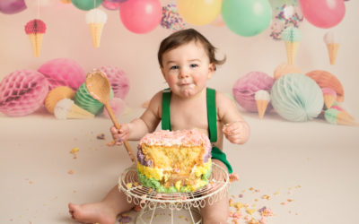 What happens at a Cake Smash Session?