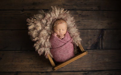 What to expect at a Newborn Session
